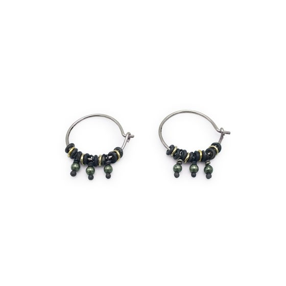 Image of jump-ring & bead hoop earrings (E35silgf)