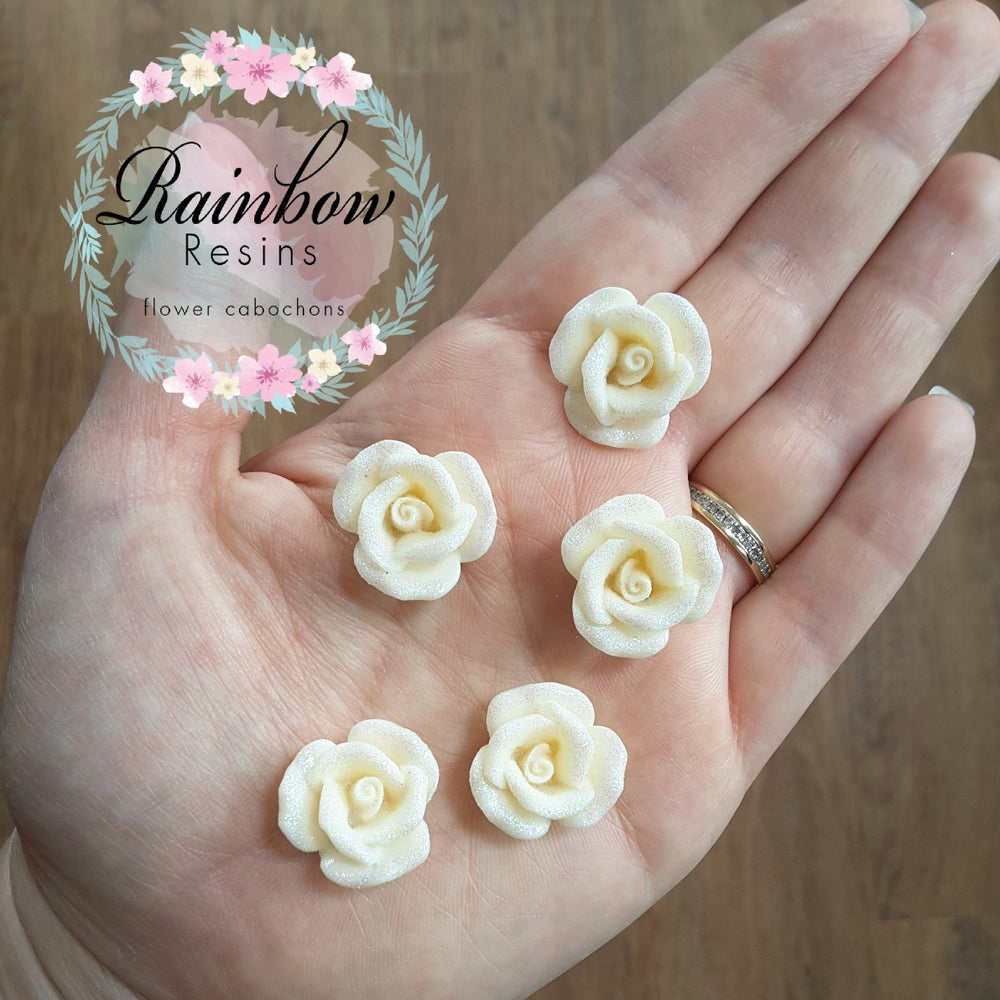 Image of Cream sparkly roses x 10