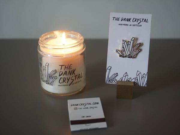 Image of 4 oz Dank Crystal Candle + Enamel Pin