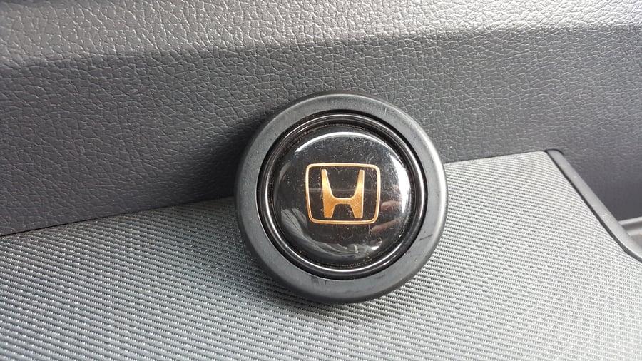 Image of Bnib NOS Honda Horn Botton. MOMO