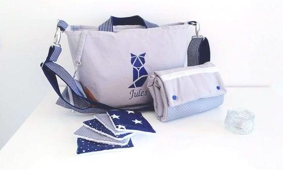 Image of Sur commande: Sac à langer personnalisable gris et bleu