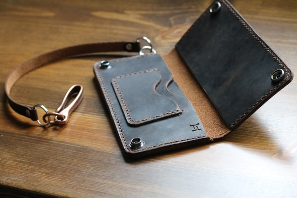 Image of Standard Long Wallet
