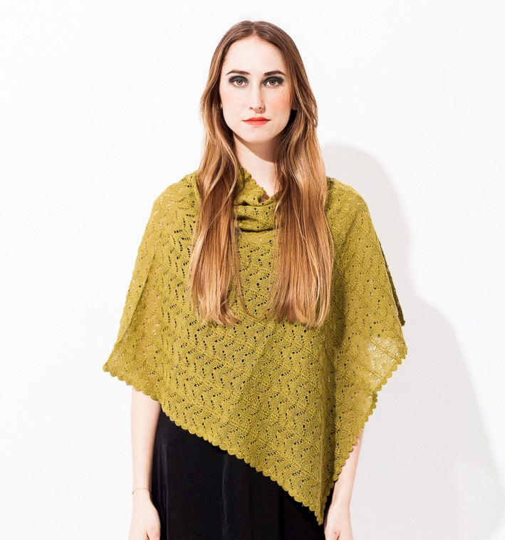 Image of Lace knitted Poncho                          Olivegreen