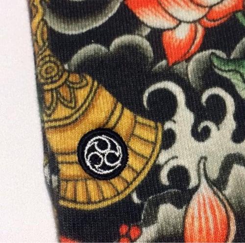 """Image of 3TIDES x UBIQ """"IREZUMI"""" SOCKS【Hougu&Lotus】"""