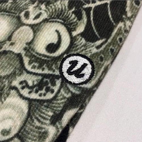"Image of 3TIDES x UBIQ ""IREZUMI"" SOCKS【Tsuchigumo】"
