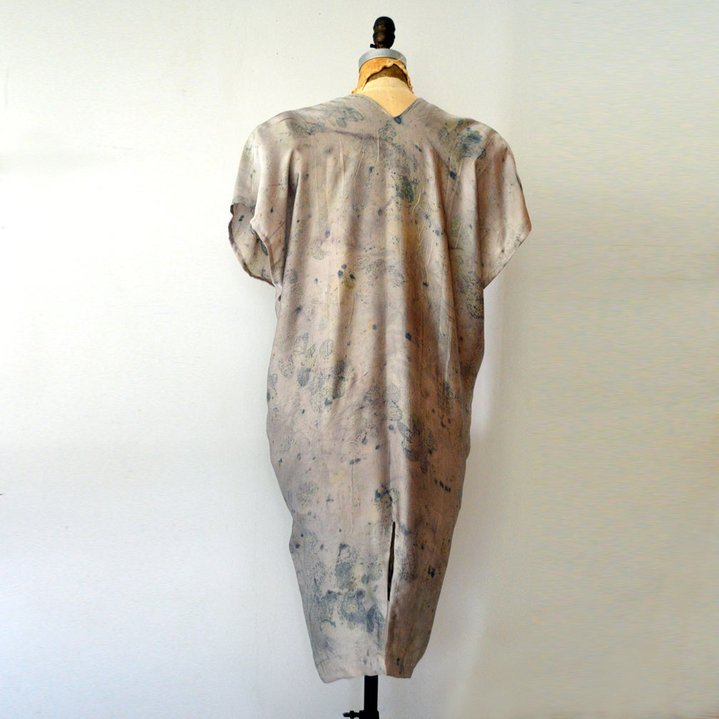 Image of Smokebush easy silk kaftan