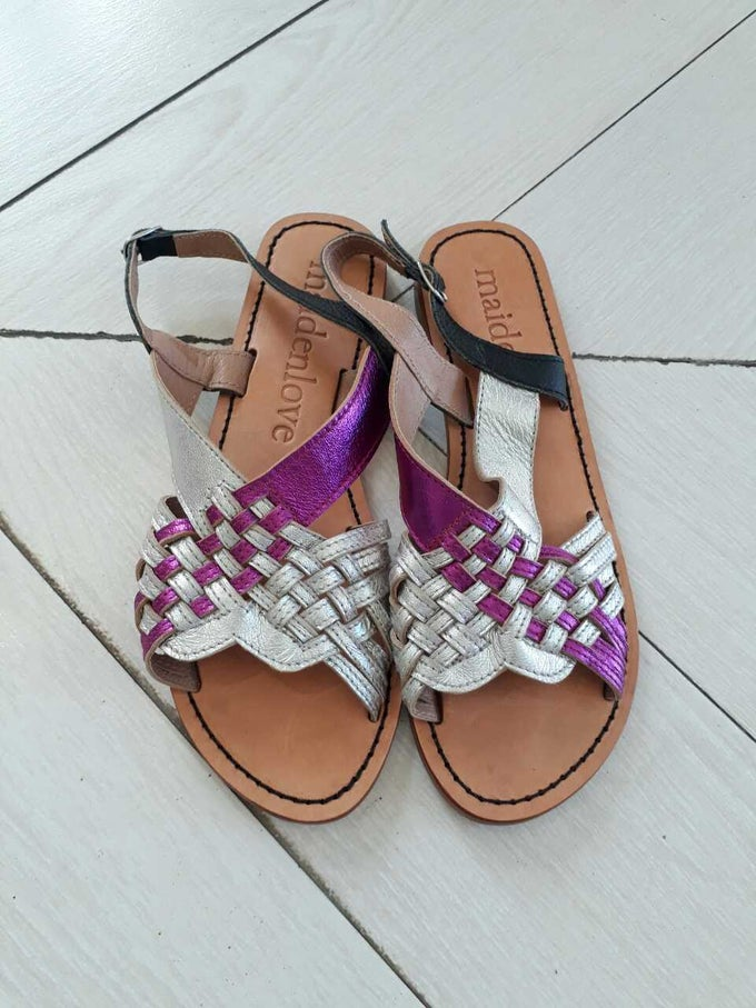 Image of ARROW WOVEN SANDAL - PINK SILVER