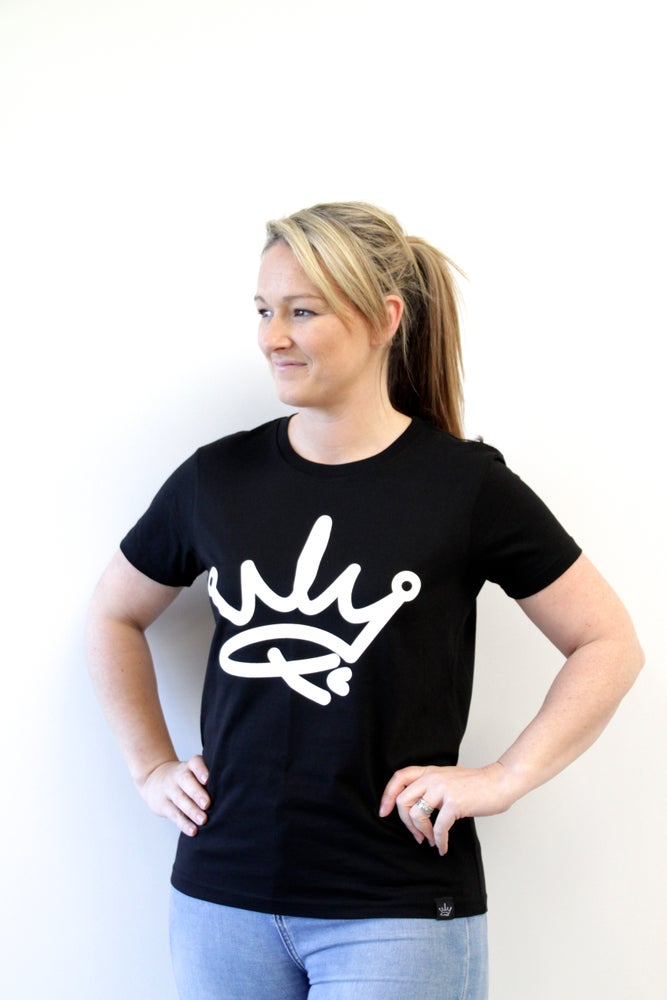 Image of QUEENS TEE - BLACK