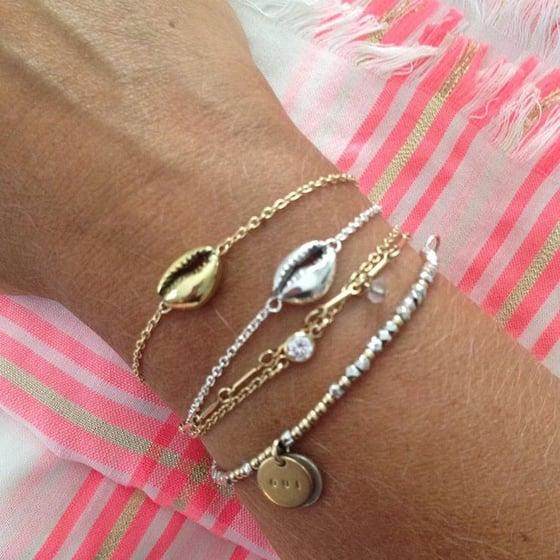 Image of Mini cowrie bracelet