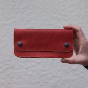Image of Flat Wallet - Crimson