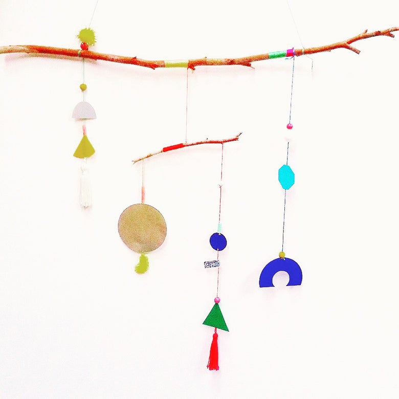 Image of KIDS HANGING MOBILES WORKSHOP