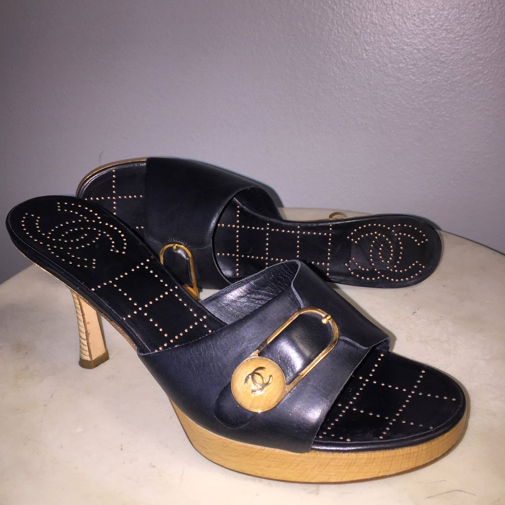 Image of VTG CHANEL LAMB LEATHER WOOD HEEL CLOGS 37.5
