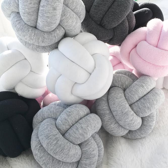 Image of Mini Knot Cushion