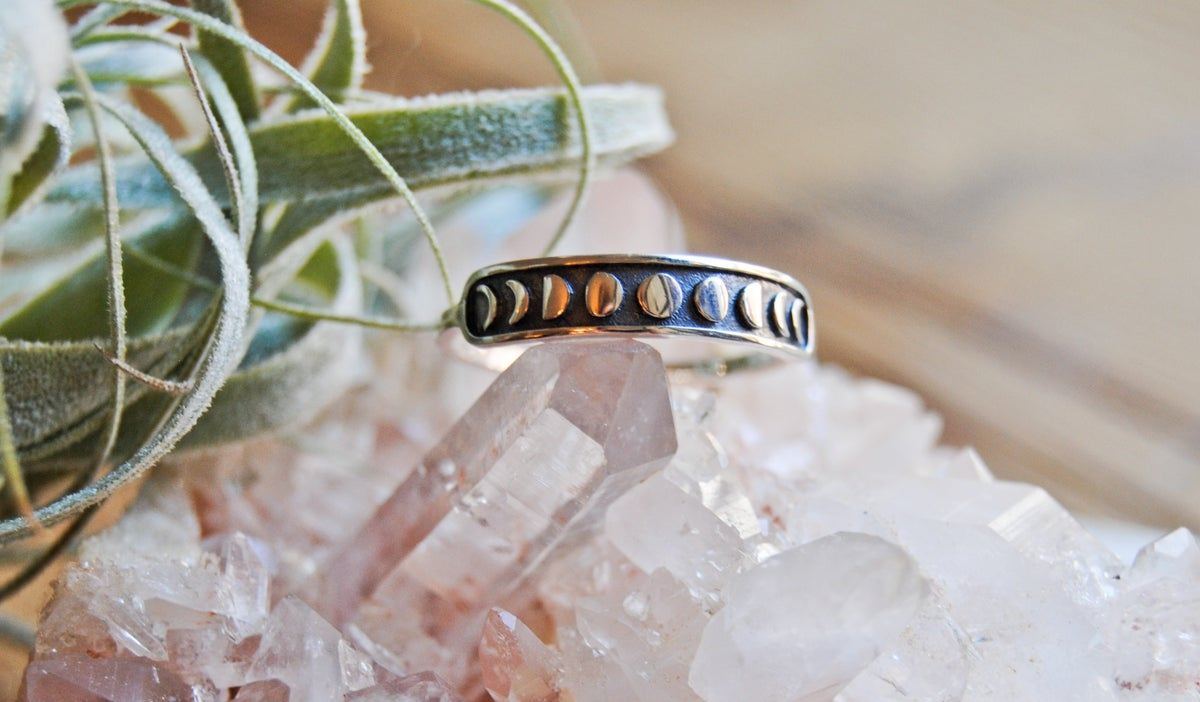 Image of Sterling silver moon phases ring