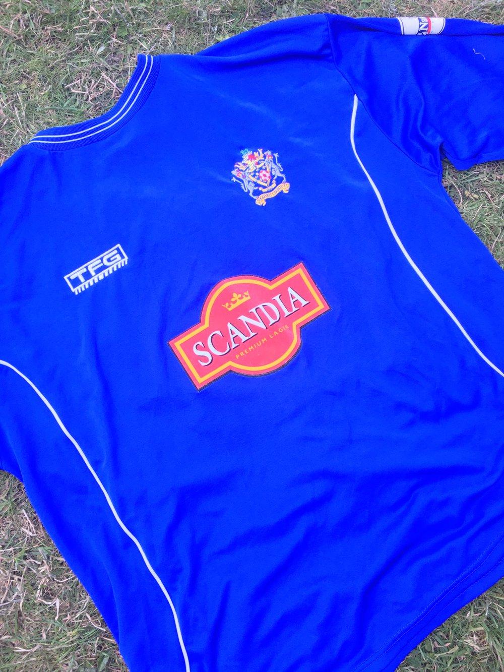Match Worn 2003/04 Jim Goodwin Long Sleeved Home Shirt