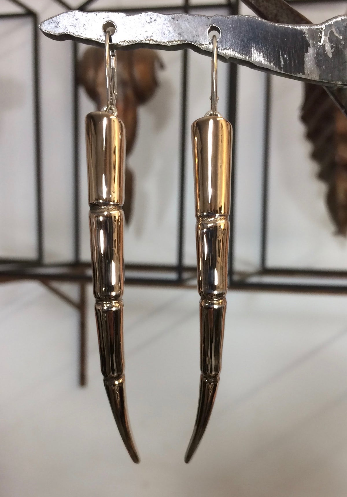Image of Tendril Earrings, curved