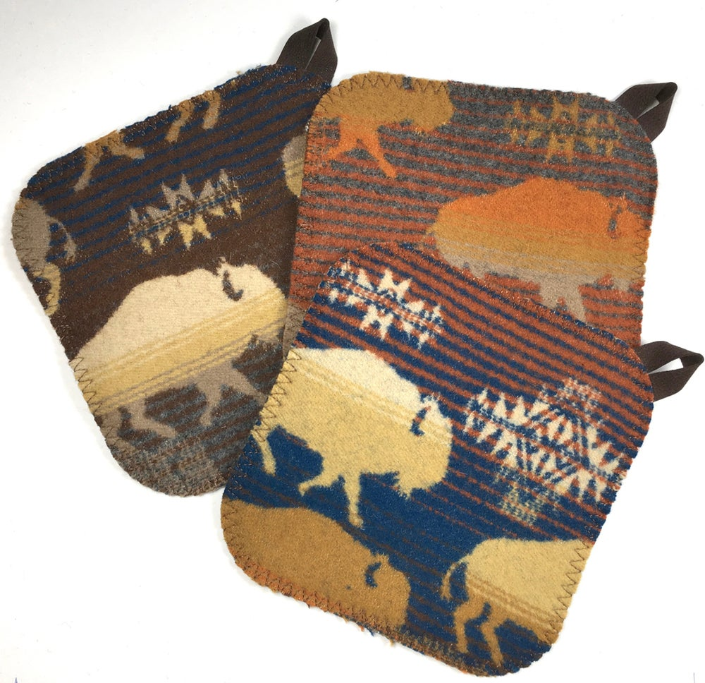 Image of Western Wool Potholder - Buffalo