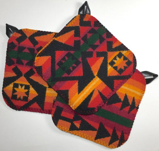 Image of Western Wool Potholder - Red/Orange