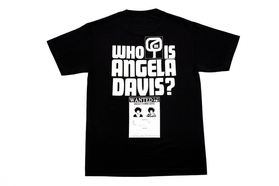 Image of WHO IS ANGELA DAVIS?
