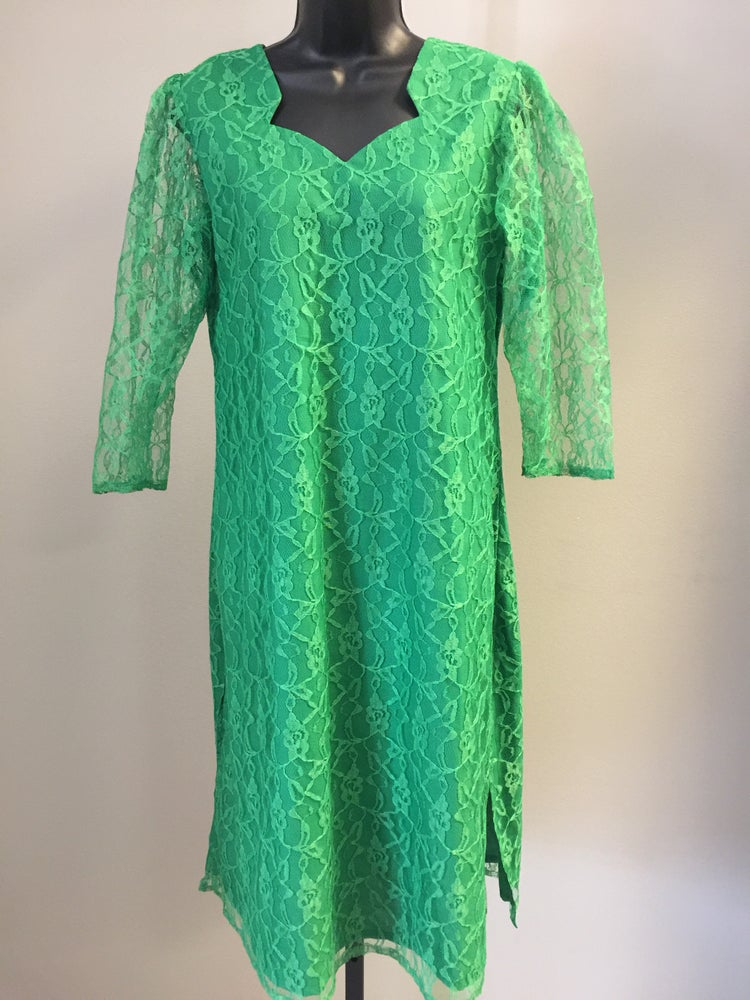 Image of VTG GREEN APPLE LACE PULLOVER BOHO BABE DRESS S/M