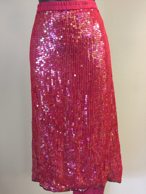 Image of VTG FROSTED SILK SEQUINED STRAWBERRY BAGGY PENCIL SKIRT M/L