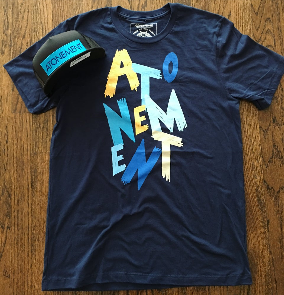 """Image of The """"Be Free"""" Tee in Navy"""