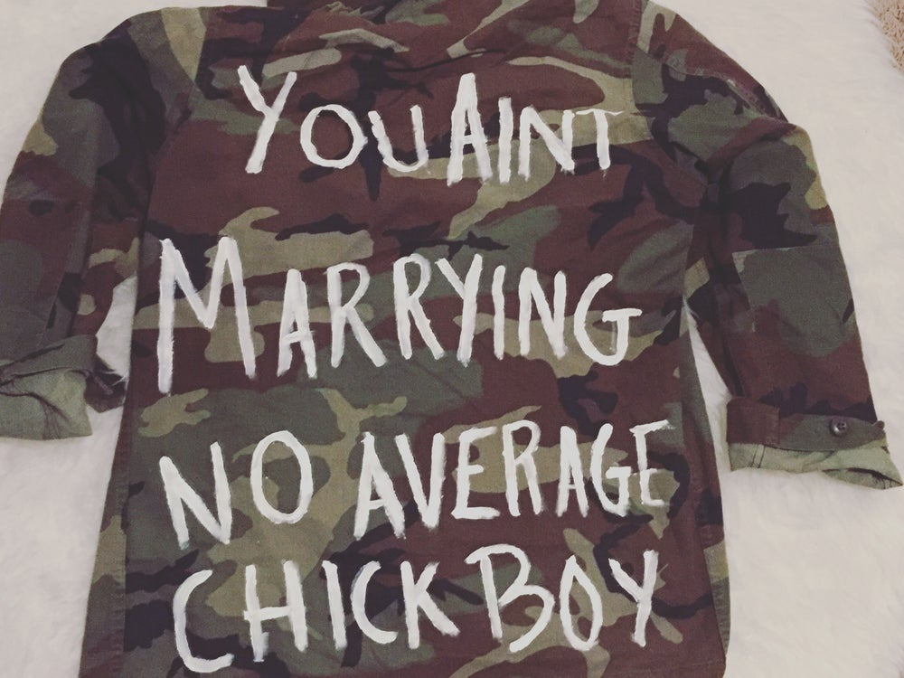 Image of No Average Chick