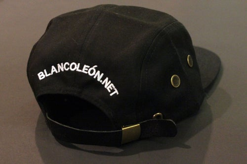 Image of León 5 PANEL hat Black/White