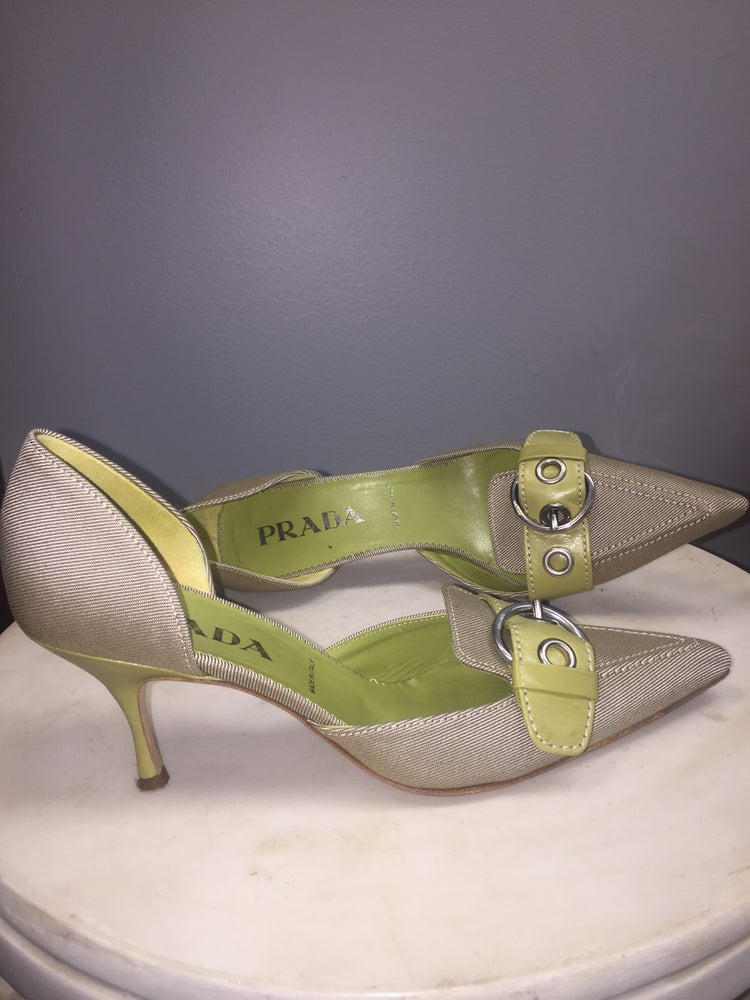 Image of PRADA POINTY LINEN LIME BUCKLED PUMPS 7.5