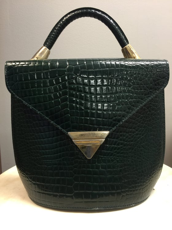 Image of VTG GATOR GREEN TEXTURED PATENT BOX SATCHEL PURSE