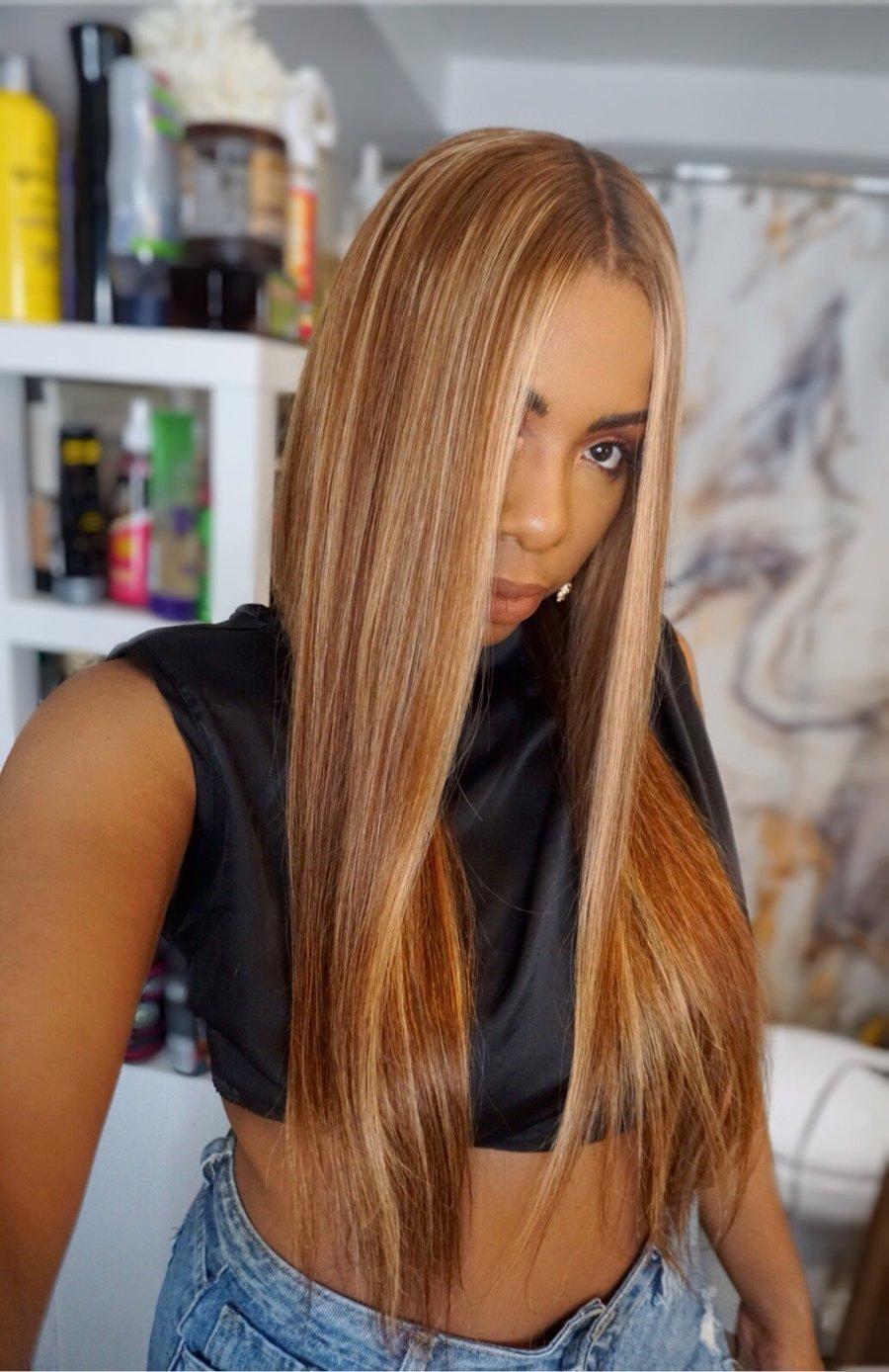 "Image of ""BLONDIE"" 24 inch 13x4 Aubrun w/ Blonde Highlghts wig"