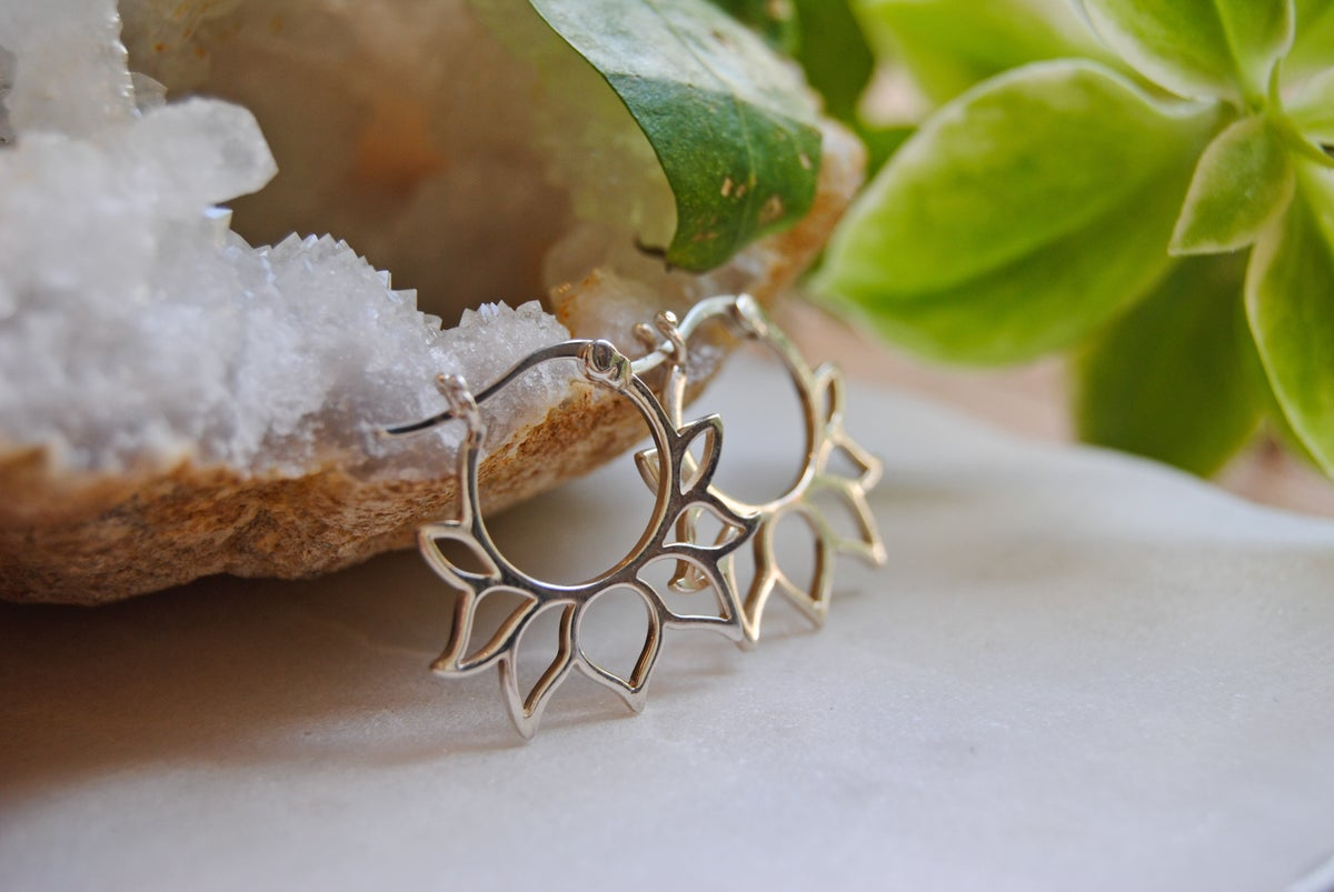 Image of Sterling silver lotus earrings