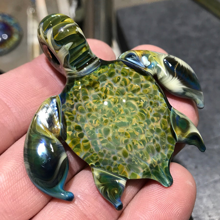 Image of Green Sea Turtle Pendant