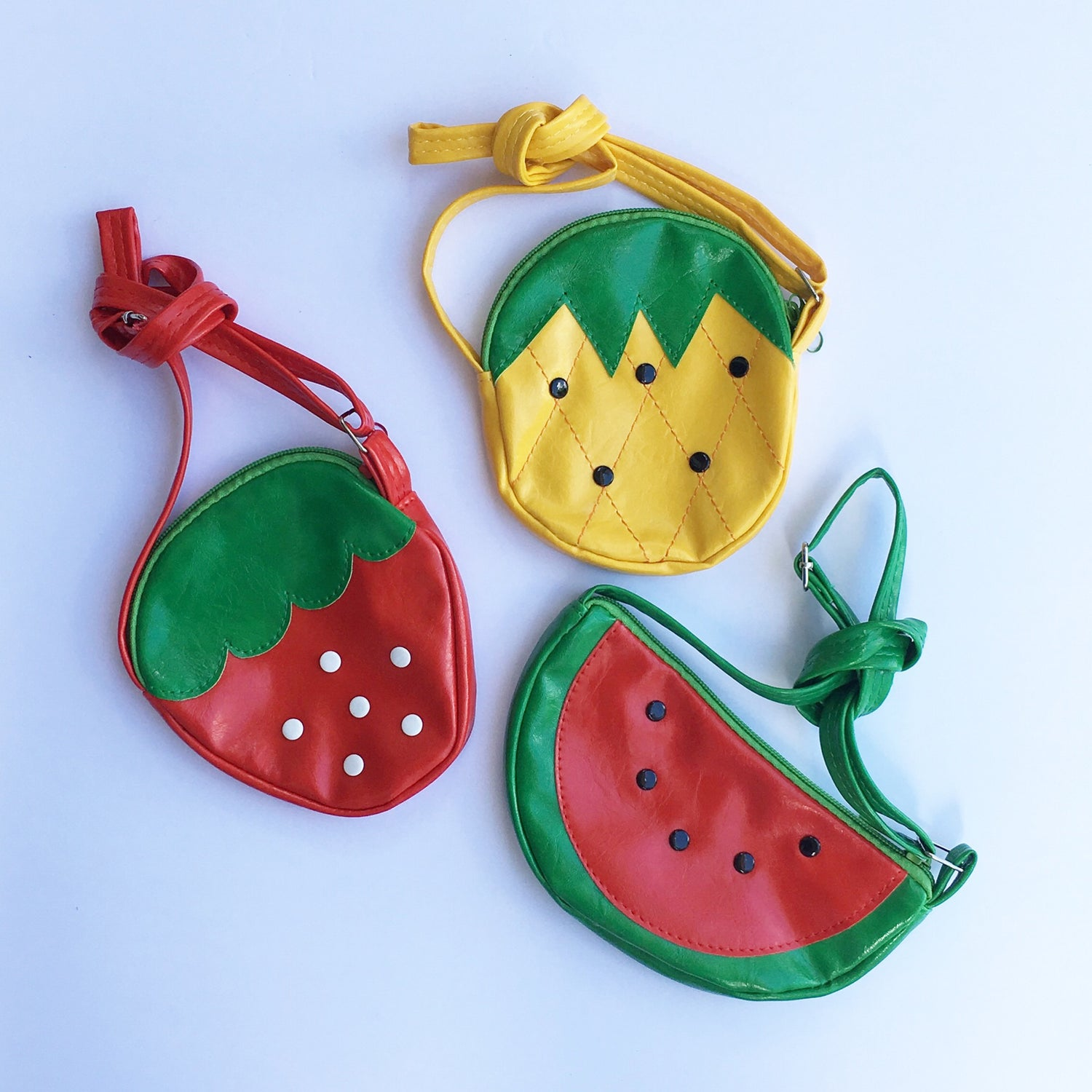 Image of Fruit purse line
