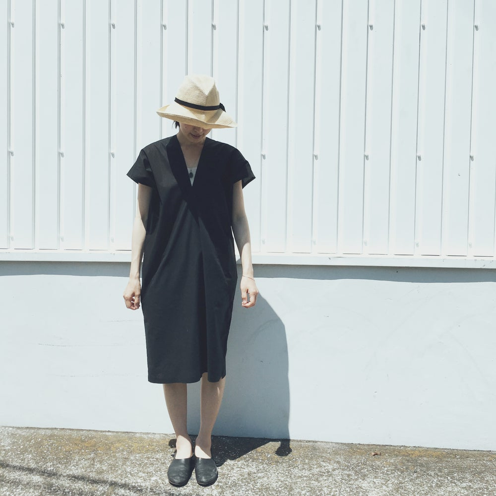 Image of repeat onepiece BLACK / WHITE