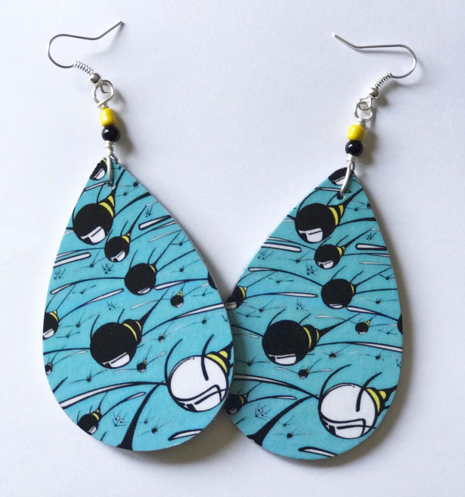 Image of Teardrop Swarm Earrings