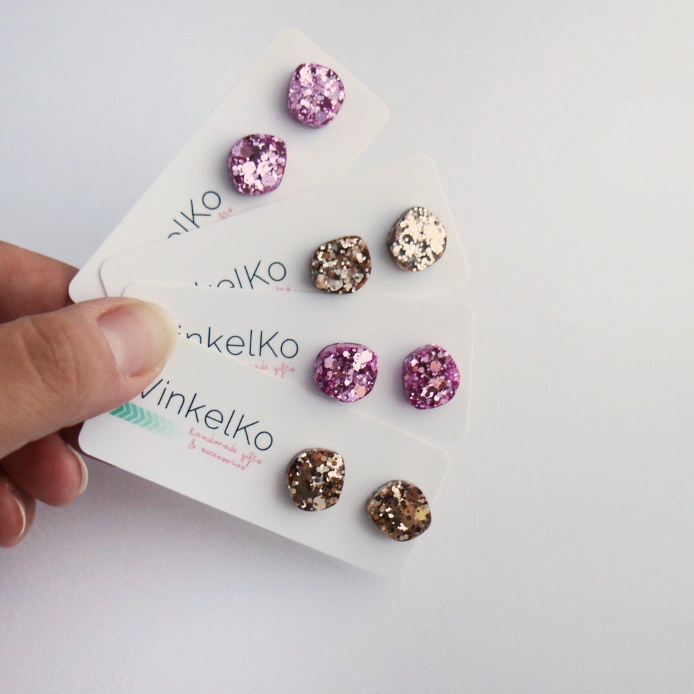Image of Resin Pebble Glitz Studs Set 2