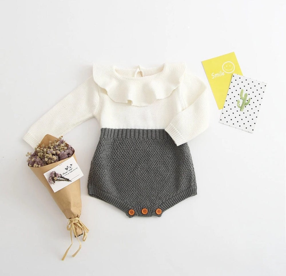 Image of Knitted onesie 3-6m
