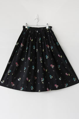 Image of SALE Cats With Presents and Umbrellas Novelty Print Cotton Skirt (Orig $52)