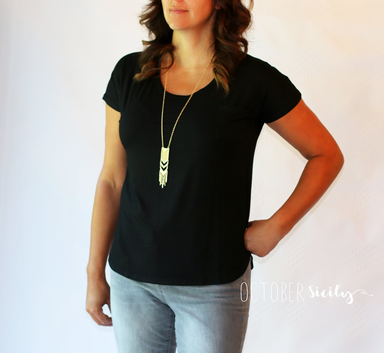 Image of Flattering & Flowy Loose Fit Black Tee | S-4XL