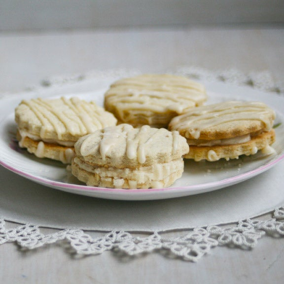 Image of GF Shortbread Sandwich Cookies with Creamy Vanilla Filling (ONE DOZEN)