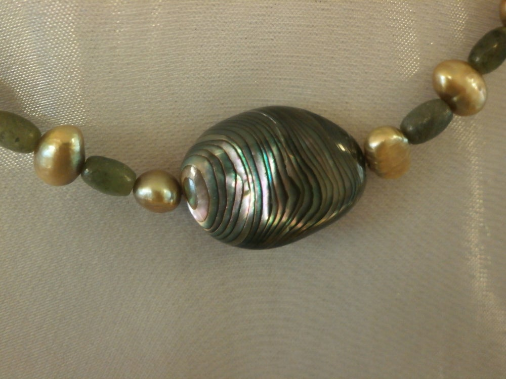 Image of Jade and Pearl Necklace
