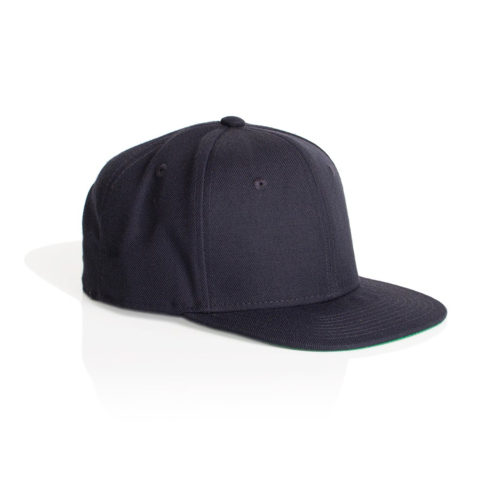 Image of TRIM SNAPBACK CAP - NAVY