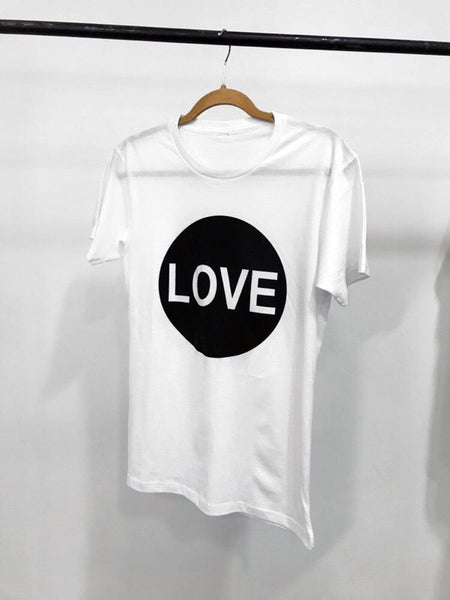 Image of Circle Love (White)