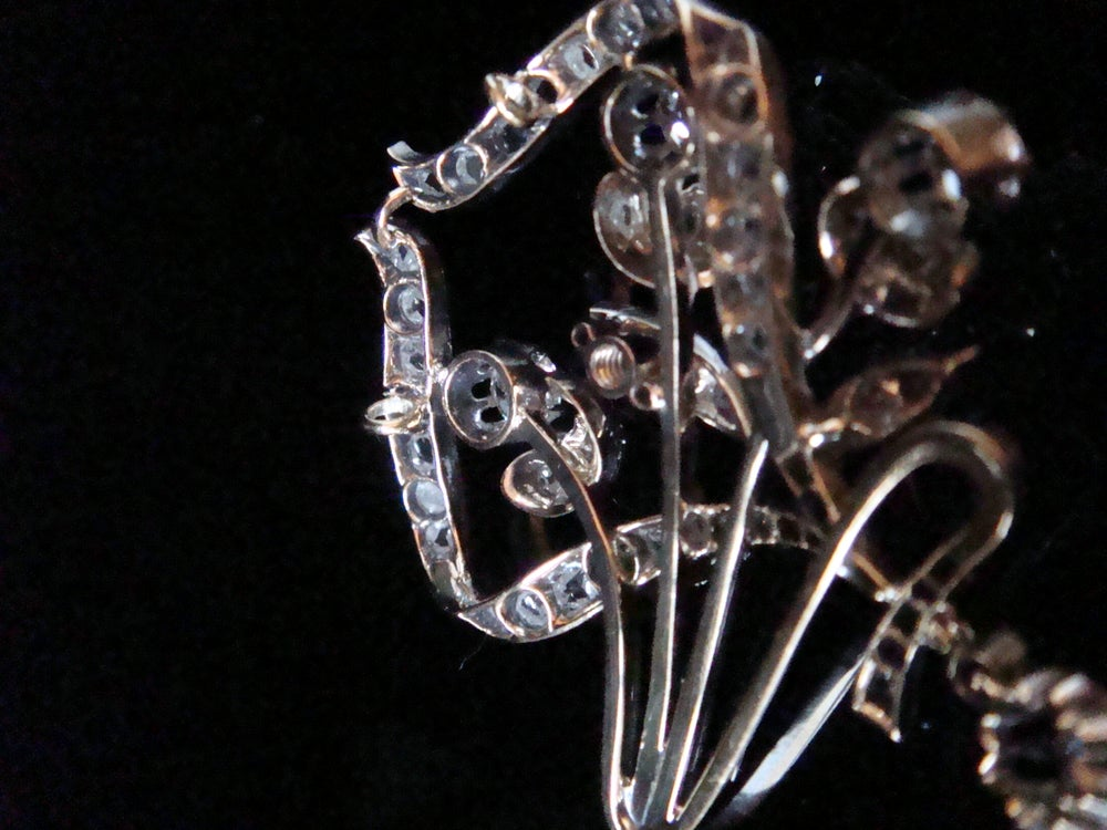 Image of ORIGINAL ART NOUVEAU PLATINUM DIAMOND 2.60CT DIAMOND LAVALIERE