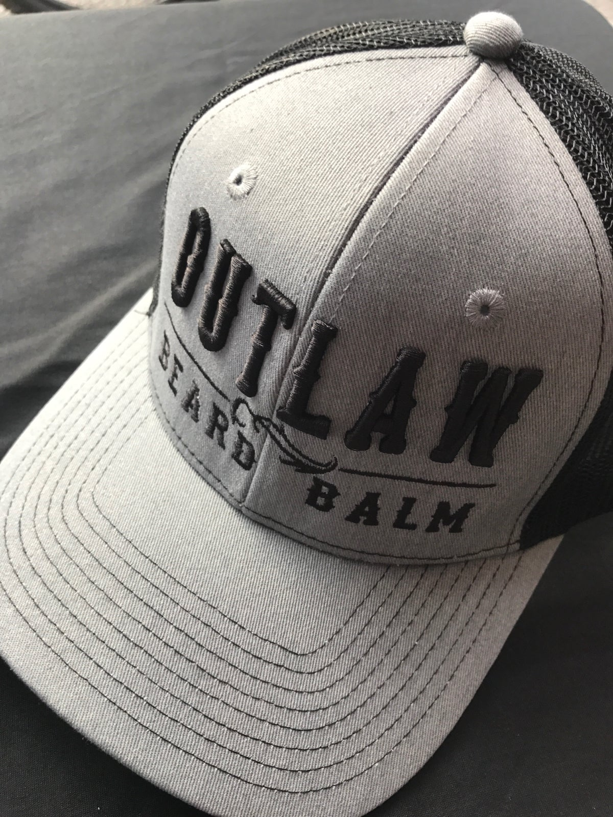 Image of OUTLAW BEARD BALM BLK/GRY MESH SNAPBACK