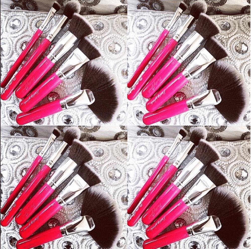 Image of 5 Piece - Pretty Contour & Highlight Makeup Brush Set