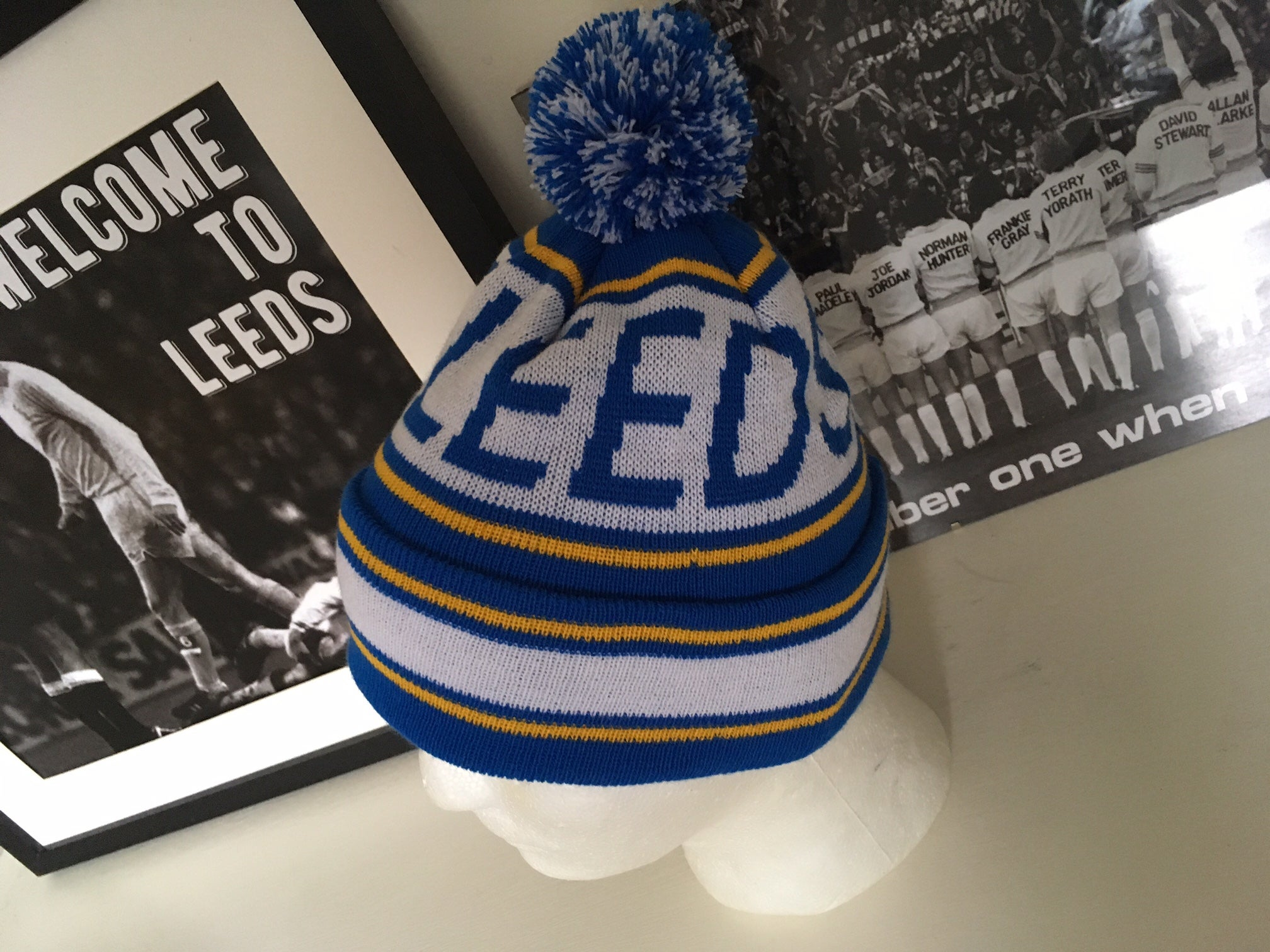 21013 e06c2  czech image of leeds bobble hat fd69b 65878 9d723042fe2