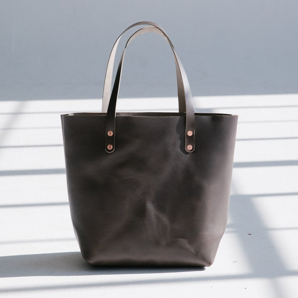 Image of Grey Italian Leather Tote (preorder)