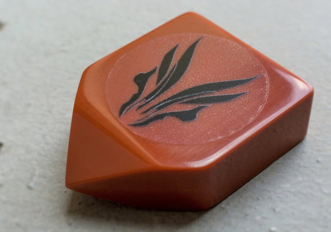 Image of NEW: 'RED HUFTRON ERGO ANVIL' plectrum !